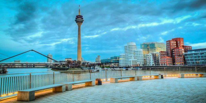 Acrylbilder Düsseldorf Medienhafen | Moderne Stadtpanorama Kunst