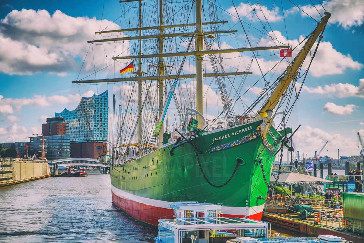 Acrylbilder Landungsbrücken Hamburg an der Elbe. Stadt Panorama Art