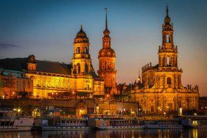 Bilder Dresden mit Elbe und Frauenkirche. Panorama Pop-Art Kunst