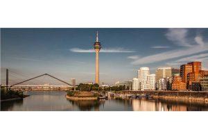 Düsseldorf Fotografie | Modernes Skyline Bild vom Rhein