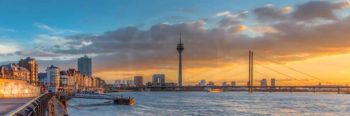 D sseldorf panorama skyline bild moderne kunst bilder - Dusseldorf bilder auf leinwand ...