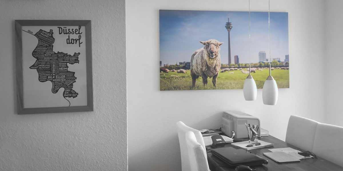 Düsseldorf-Kunstbild-auf-Leinwand-in-140x70cm