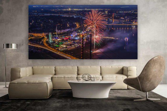 Feuerwerk Düsseldorf Panorama Bild mit Medienhafen und Kirmes