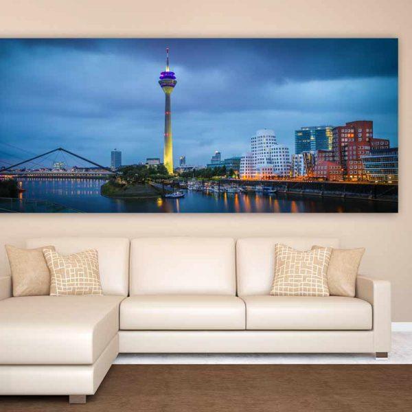 glasbild medienhafen d sseldorf panorama bilder auf acryl. Black Bedroom Furniture Sets. Home Design Ideas