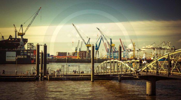 Hamburg Panorama und Skyline Bild - Moderne Hamburg Collage