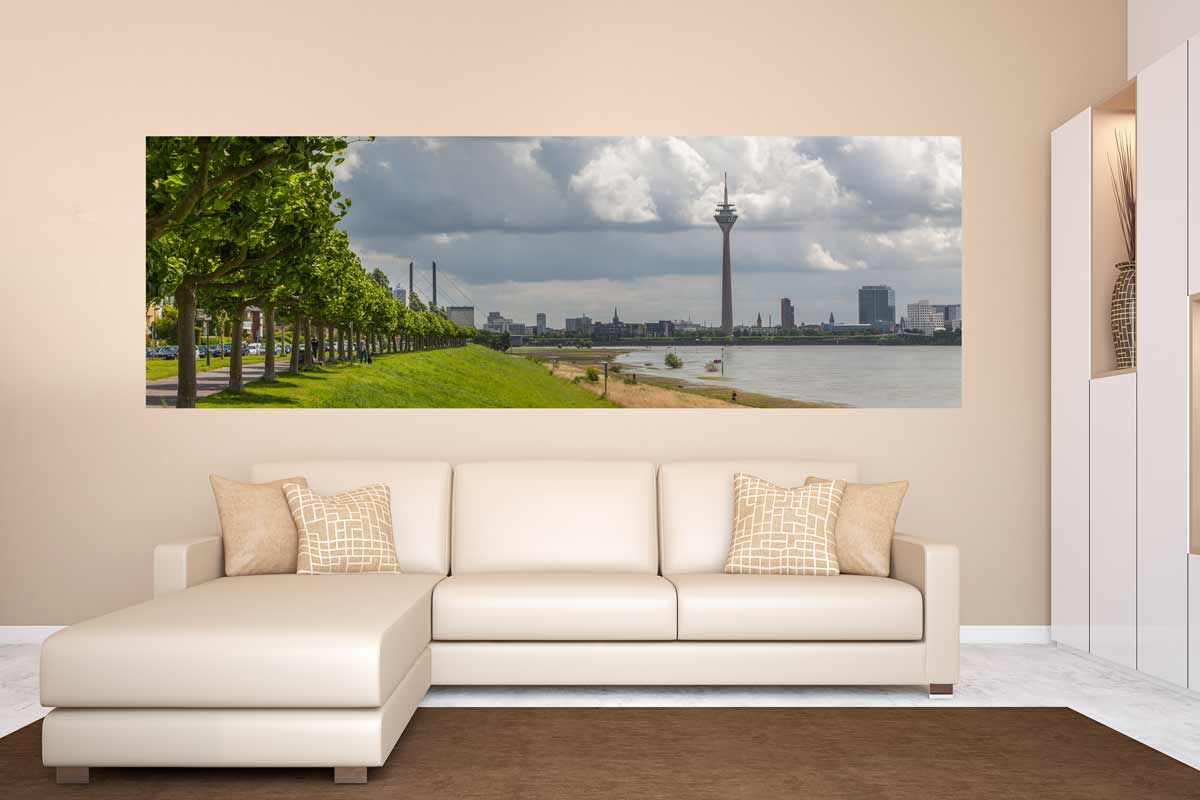 kunstbild panorama aus d sseldorf am rhein moderne leinwandbilder. Black Bedroom Furniture Sets. Home Design Ideas
