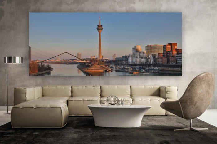 Kunstdrucke Düsseldorf im Panorama Format. Abstrakte Leinwandbilder im XL Skyline Format auch auf Aluminium und Acryl. Abstrakte Wandbilder fürs Wohnzimmer