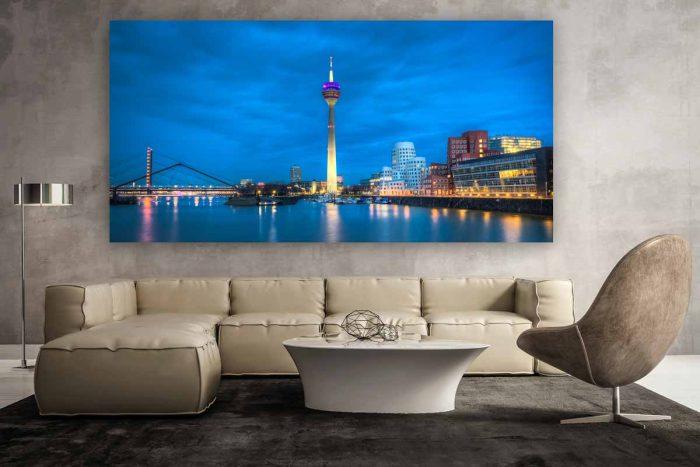 Foto Art Nacht Panorama der Düsseldorf Skyline | Düsseldorf Nachtaufnahme im XL Format