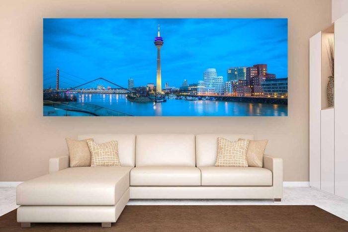 Düsseldorf Medienhafen Skyline bei Nacht | Foto Art Nacht Panorama aus dem Medienhafen Düsseldorf
