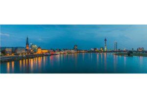 Rhein Skyline Panorama Bild | Düsseldorf Motiv auf Leinwand & Alu