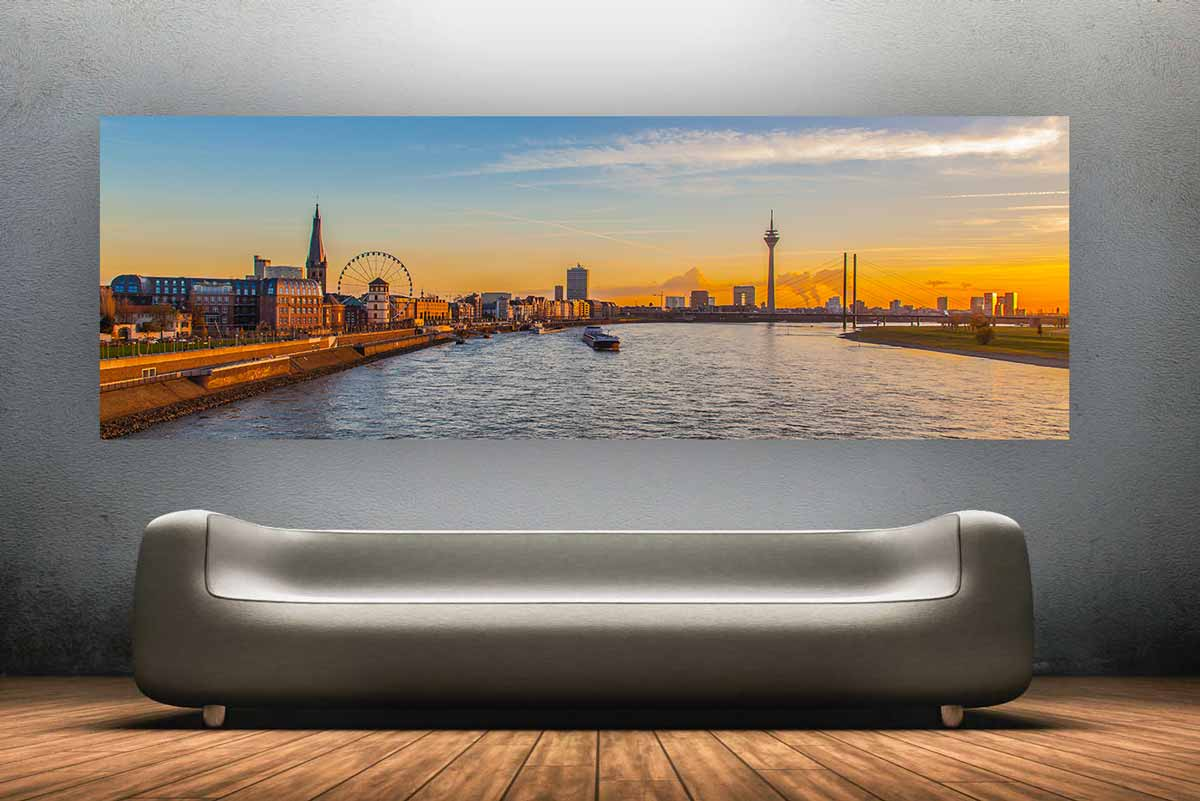 panorama bilder aus d sseldorf skyline mit rheinturm und medienhafen d sseldorf panorama pop. Black Bedroom Furniture Sets. Home Design Ideas