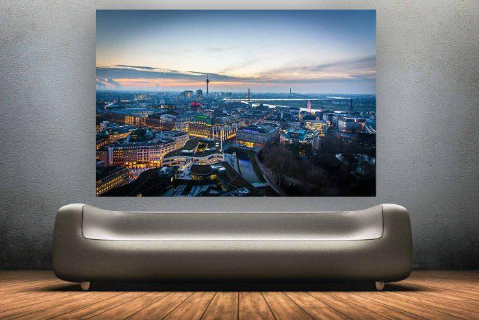 Nachtpanorama Düsseldorf am Rhein| Düsseldorf Skyline bei Nacht, Kunst Panorama mit Rheinturm