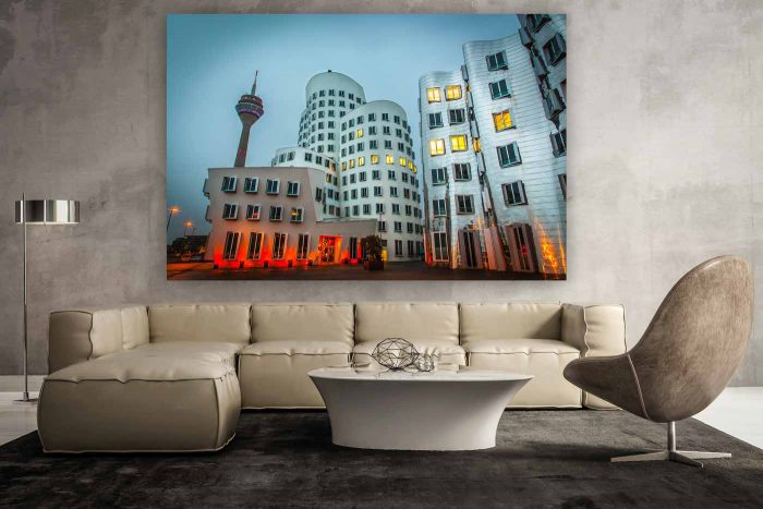 Düsseldorf Medienhafen bei Nacht | Nacht Aufnahme und Skyline Panorama Medienhafen Düsseldorf, Moderne Fotokunst