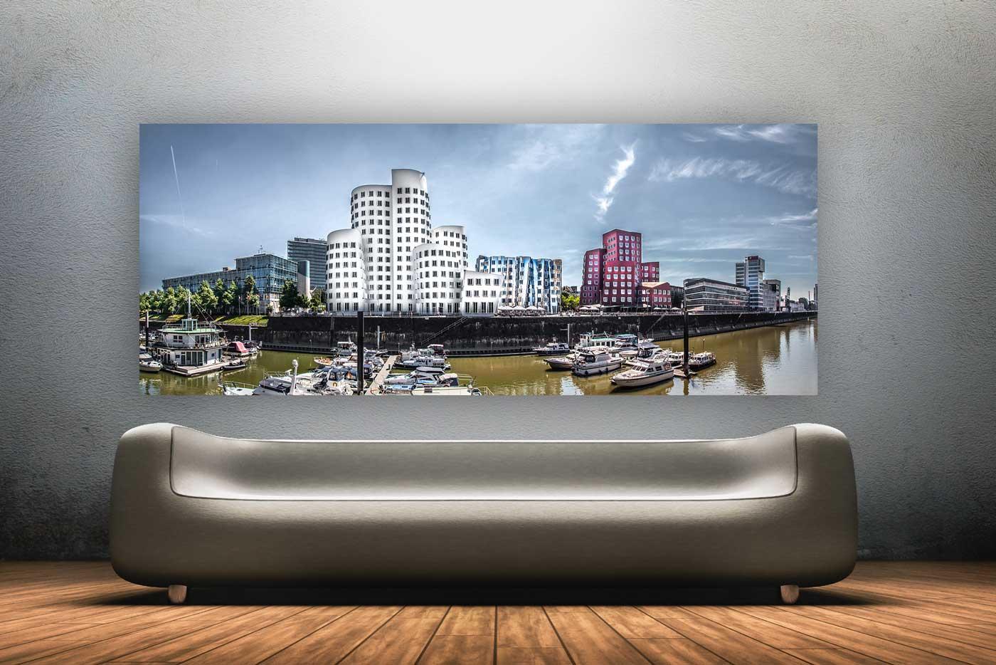 alu dibond d sseldorf panorama bild aus dem medienhafen. Black Bedroom Furniture Sets. Home Design Ideas