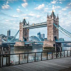 Blue Hour at London Tower Bridge | Modernes Skyline Panorama