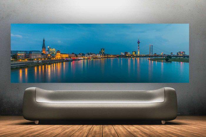Night Watch Skyline   Nacht Kunst Collage Panorama von Düsseldorf